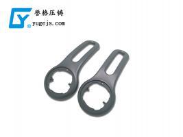 深圳压铸公司有哪些好办法提升钻孔攻牙的效益